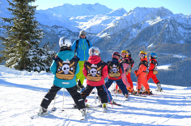 Découvrez nos écoles de ski Evolution2