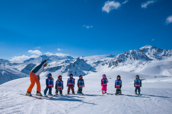 The ski school Evolution 2 Tignes