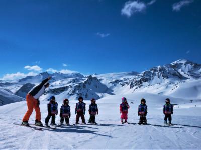 Comment devenir moniteur de ski alpin ? On décrypte pour vous !
